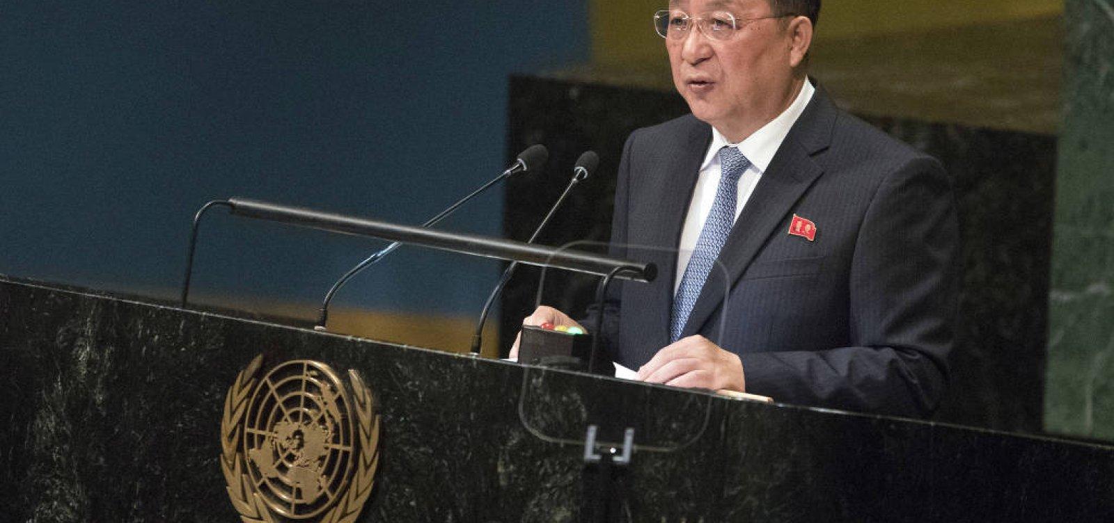 [Coreia do Norte diz que sanções inviabilizam desarmamento nuclear]