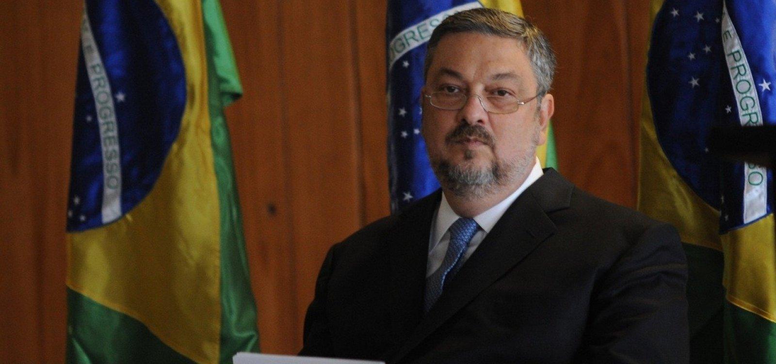 [Delação de Palocci: PT ficava com 3% dos contratos de publicidade na Petrobras]