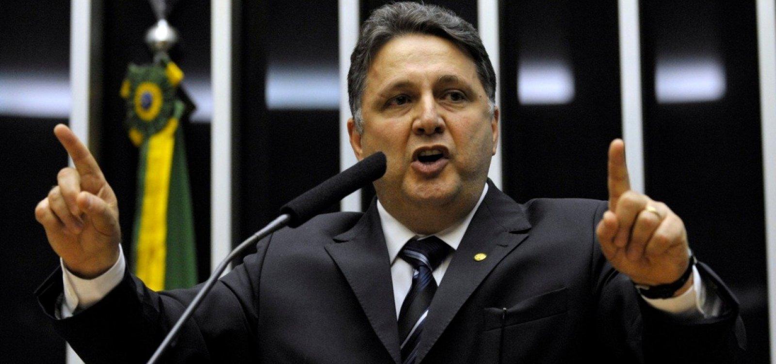 [Celso de Mello nega pedido de Garotinho para suspender decisão do TSE que barrou registro]