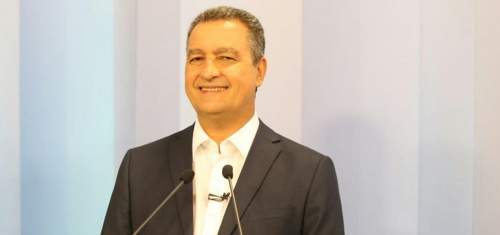 [Debate na TV Bahia: para fugir de Ronaldo e Santana, Rui faz dobradinha com candidato de Bolsonaro]