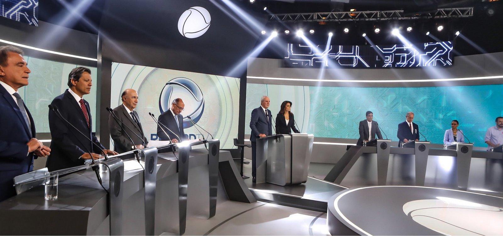 [Bolsonaro desiste de debate da Globo após recomendação médica]