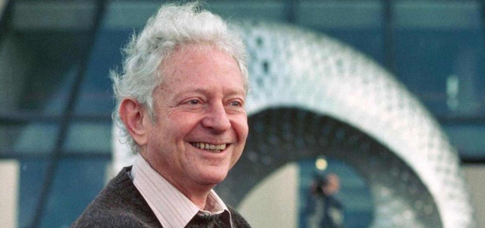 [Aos 96 anos, morre o físico vencedor do Prêmio Nobel, Leon Lederman]