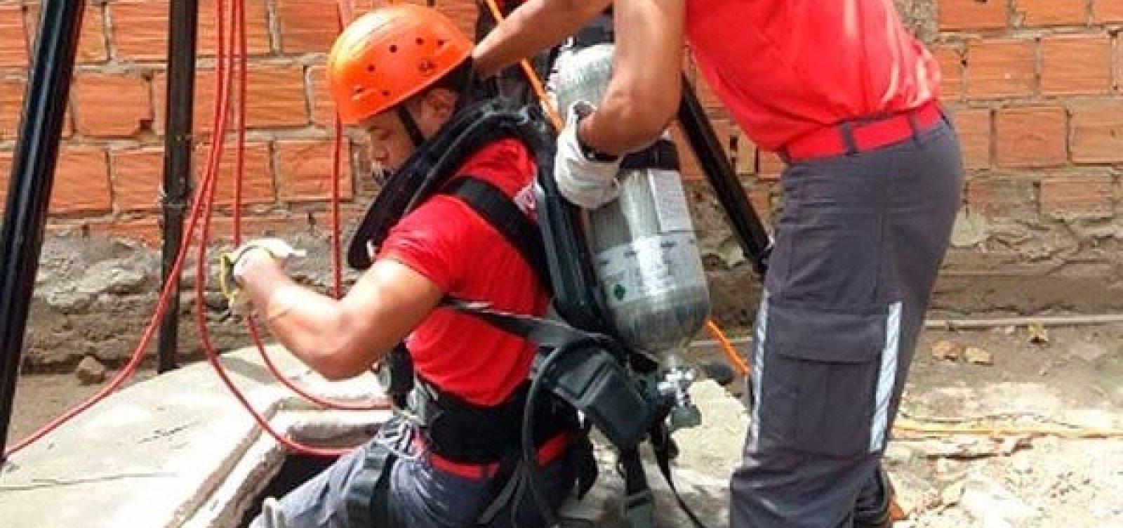 [Feira: homem é resgatado de poço após passar a noite a 30 metros de profundidade]