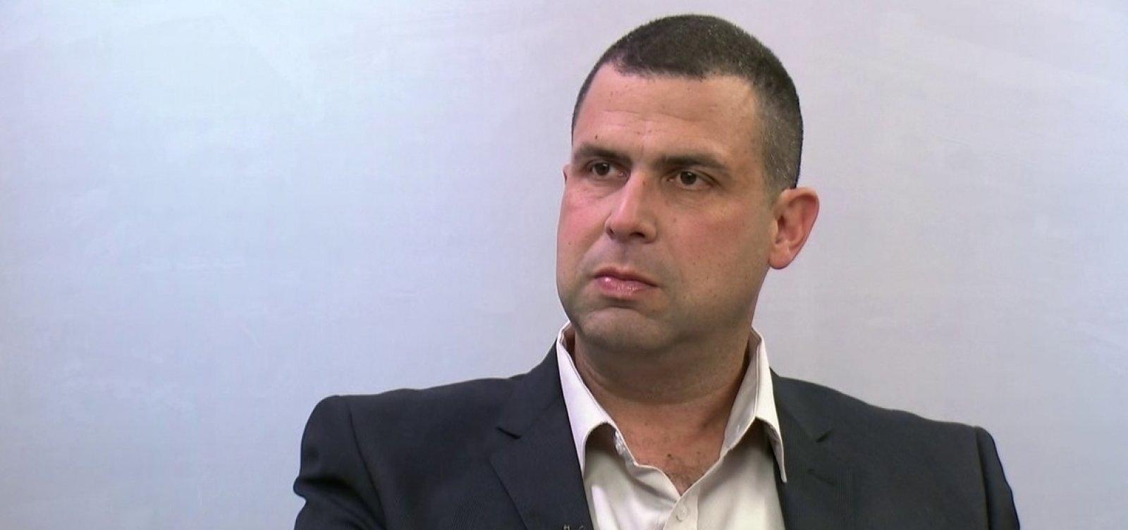[Major Costa e Silva e assessor têm alta após disparos contra carro do candidato]