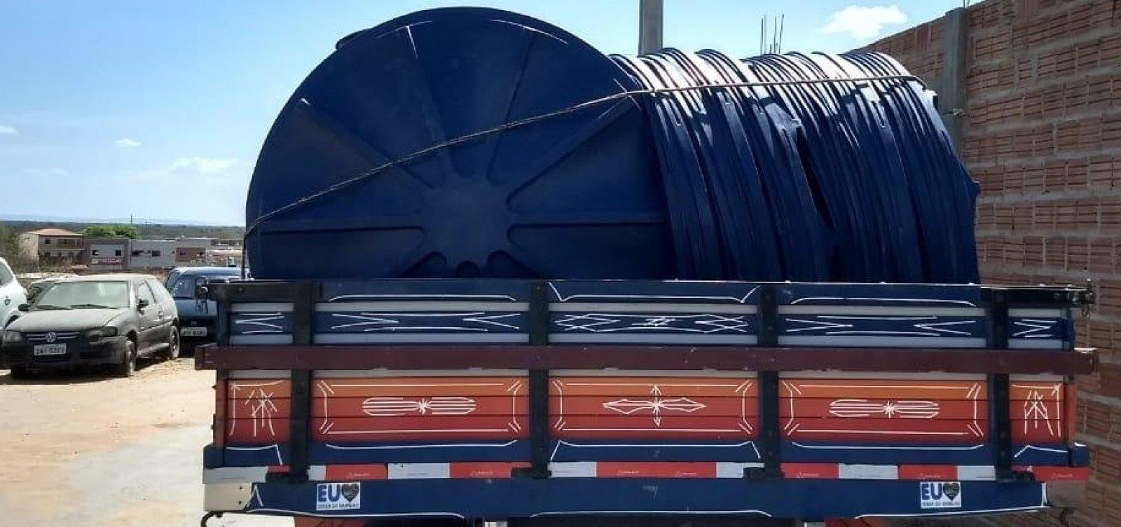 [Por suspeita de compra de votos, caminhão é apreendido com 150 caixas d'água na Bahia]