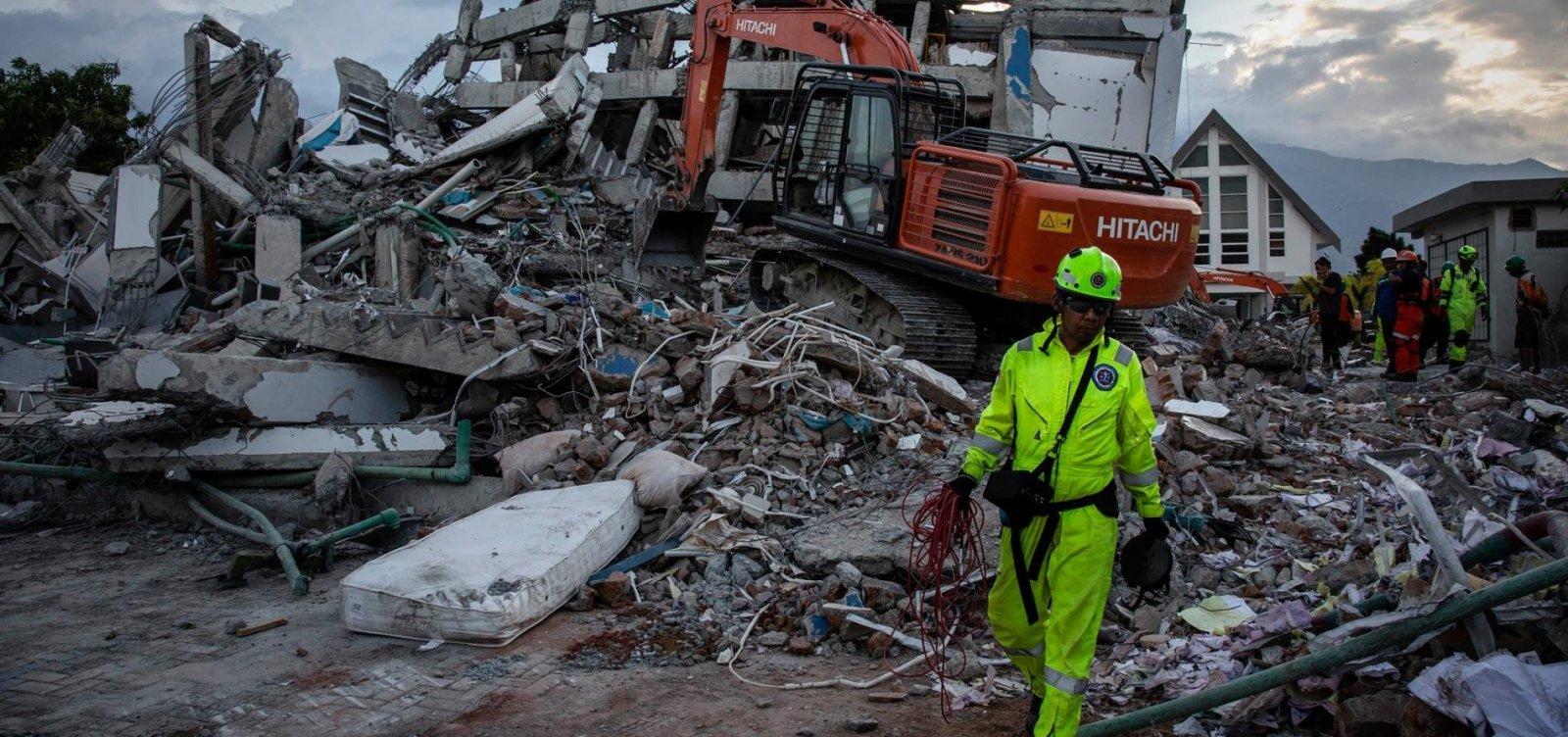 [Governo da Indonésia pondera transformar áreas devastadas em cemitérios]