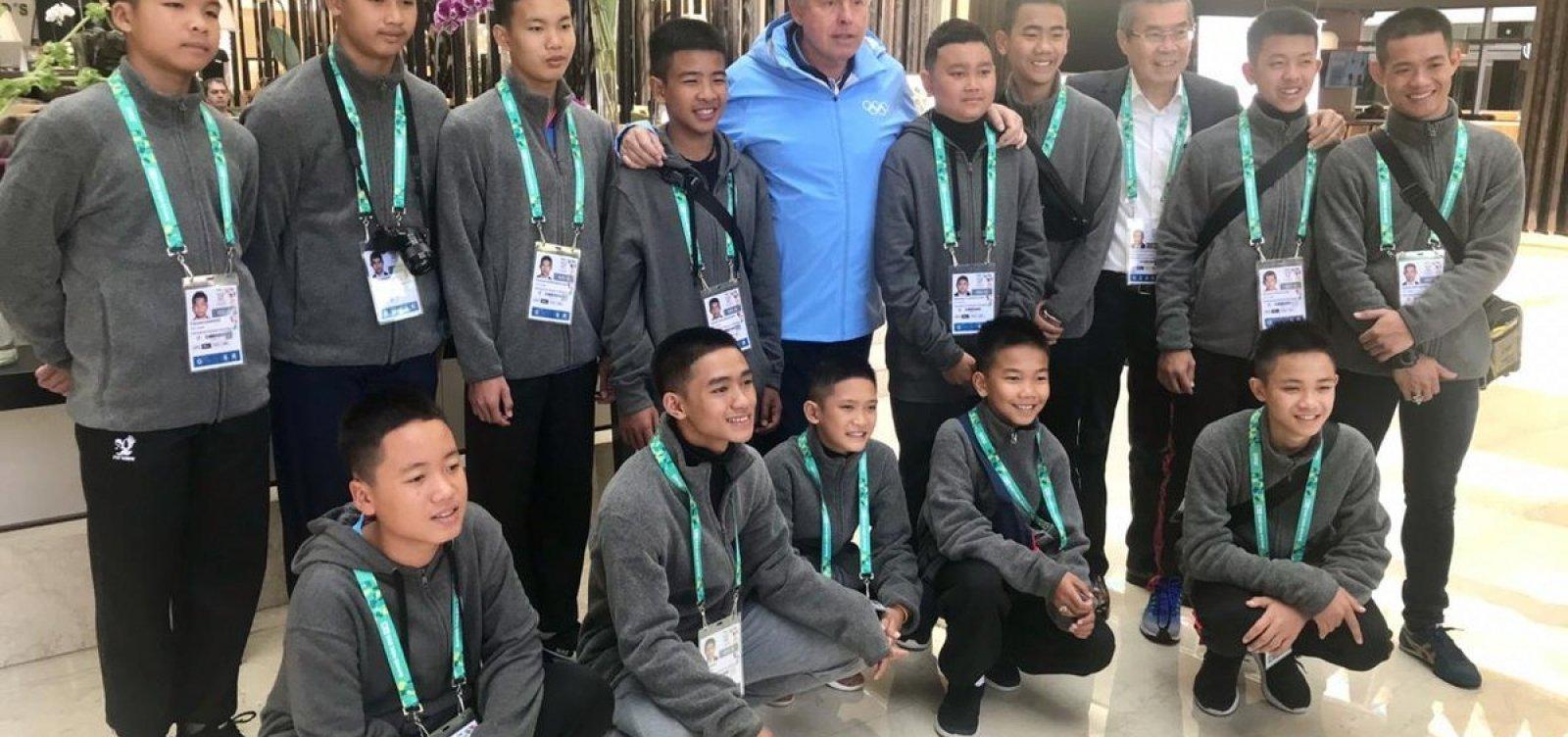 [Garotos do Javalis Selvagens chegam à Argentina para assistir os Jogos da Juventude]