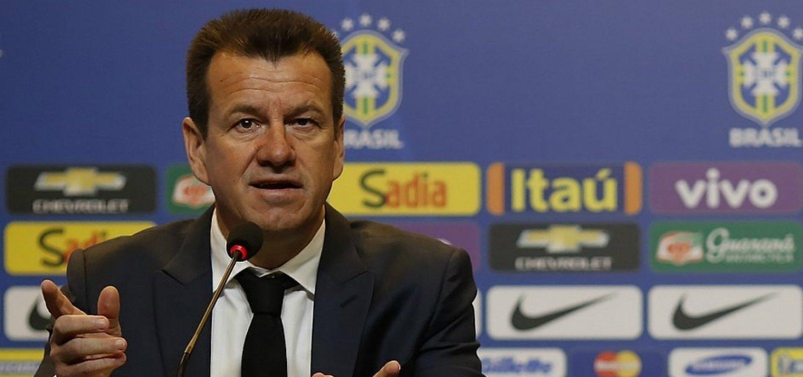 [Dunga recebe proposta para comandar seleção da Colômbia, diz site]