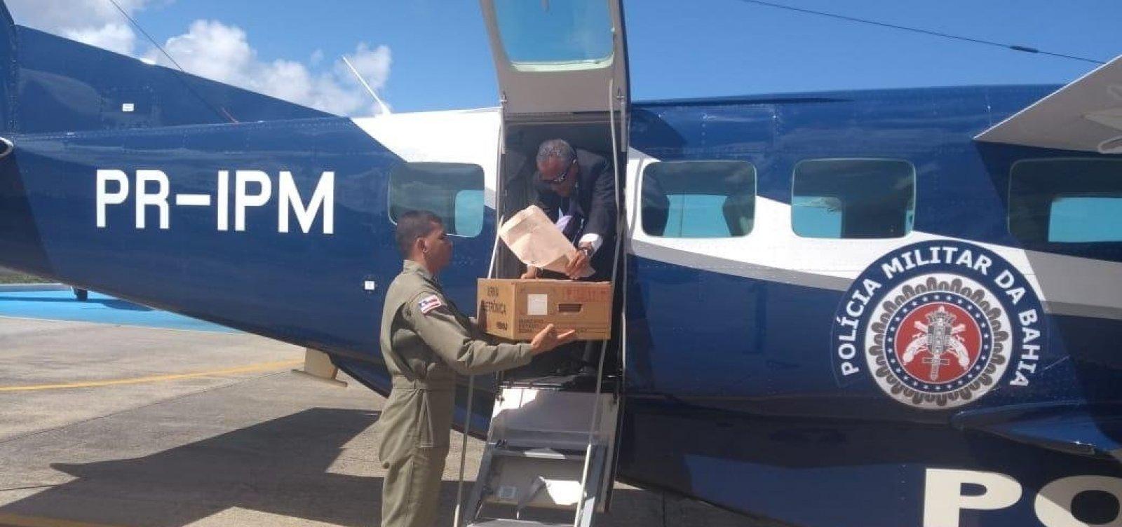 [Graer transporta urnas eletrônicas para interior da Bahia]