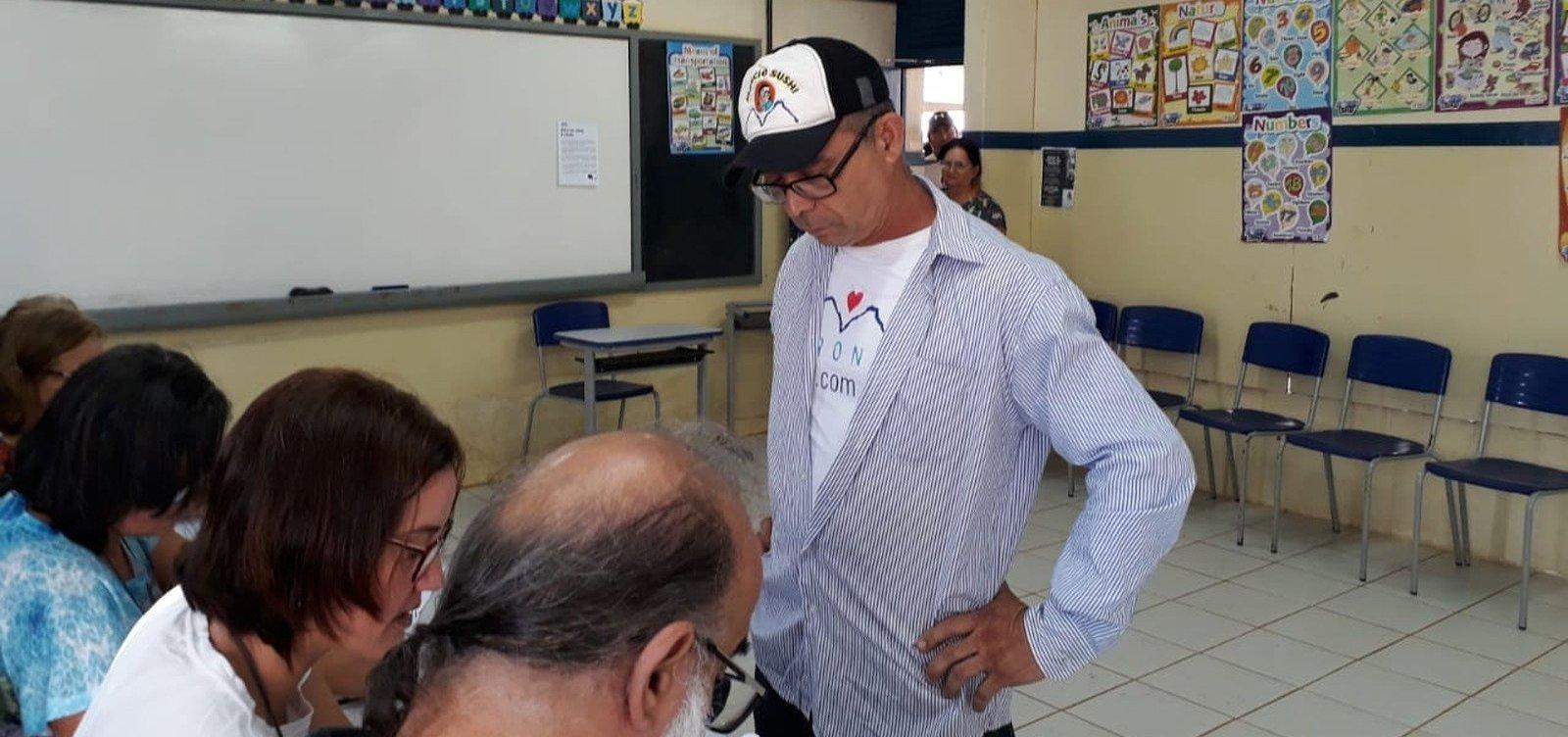 [Primeiro eleitor do país votou em Fernando de Noronha]