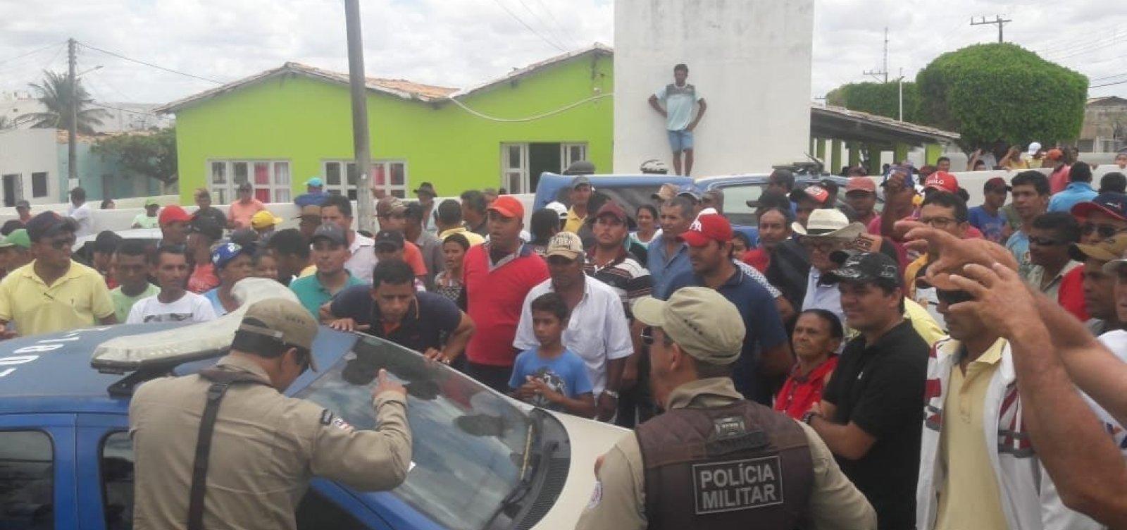 [Candidatos são presos por crime eleitoral no interior do estado]