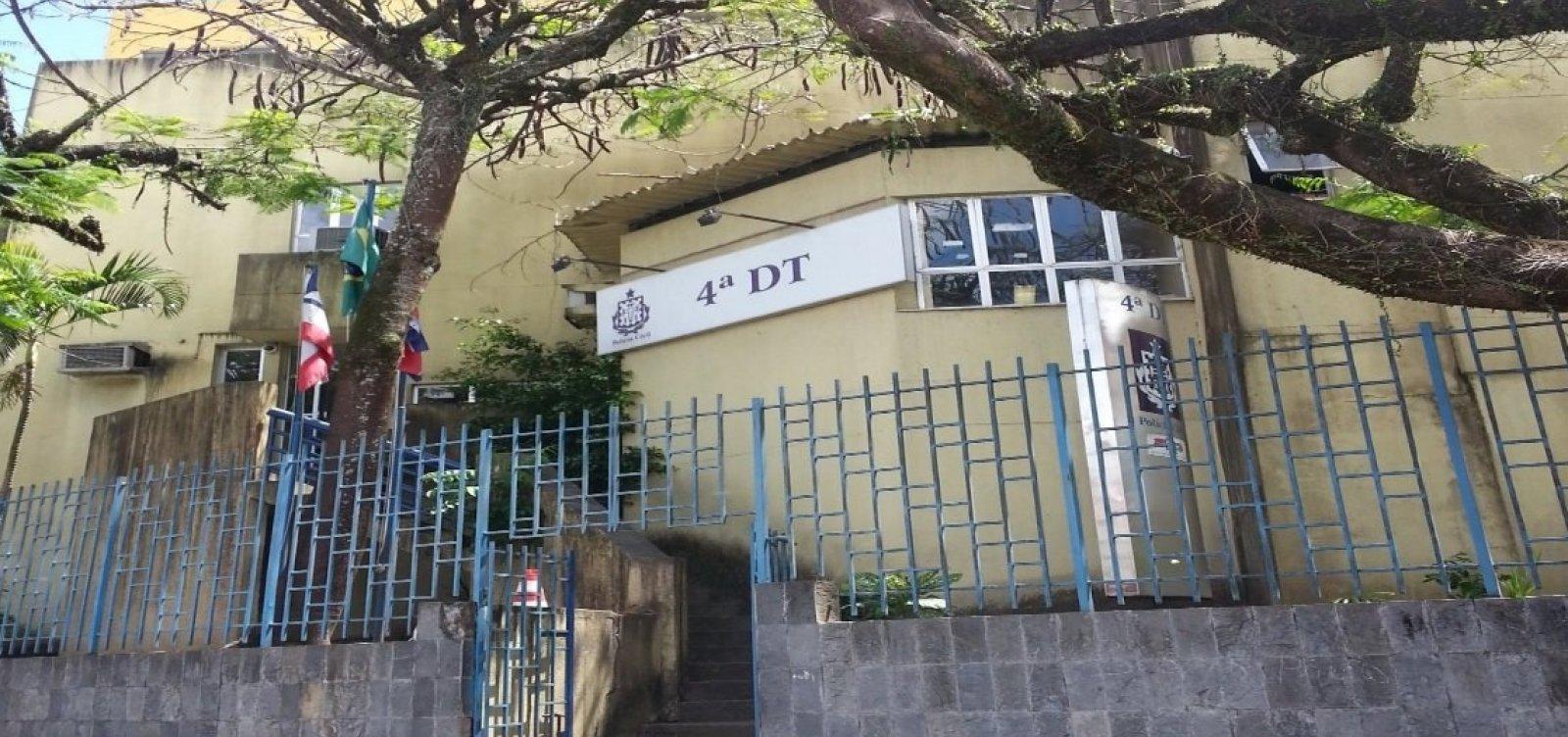 [Idosa morre após passar mal na seção de votação em Salvador]