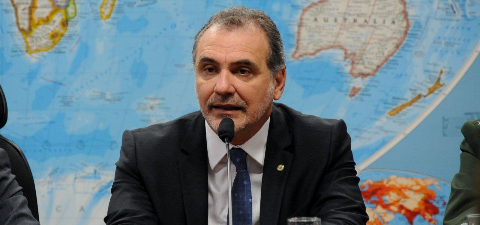 [Reeleito, Pelegrino mira prefeitura de Salvador: 'Já comecei a conversar com o governador']