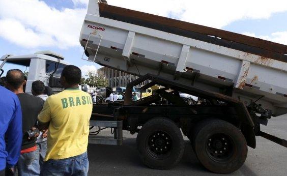 [Greve dos caminhoneiros diminuiu produtividade da indústria, diz CNI]