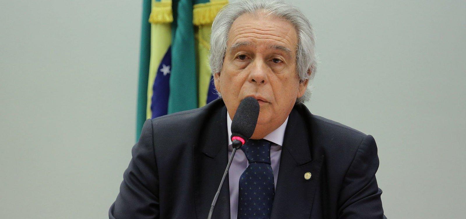 [STF absolve Paulo Magalhães de acusação de crime eleitoral]