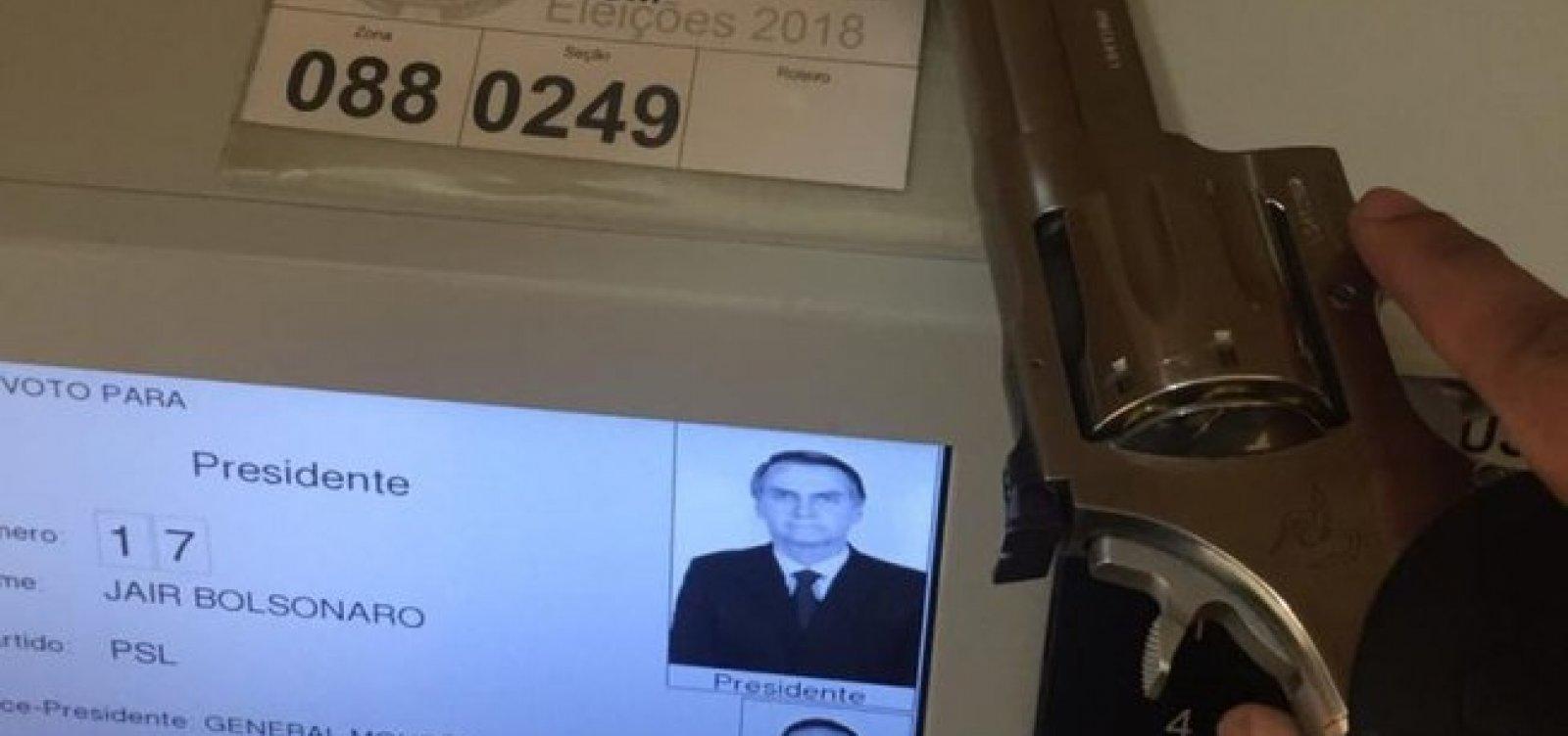[PF investiga eleitor que usou arma para votar em Bolsonaro]