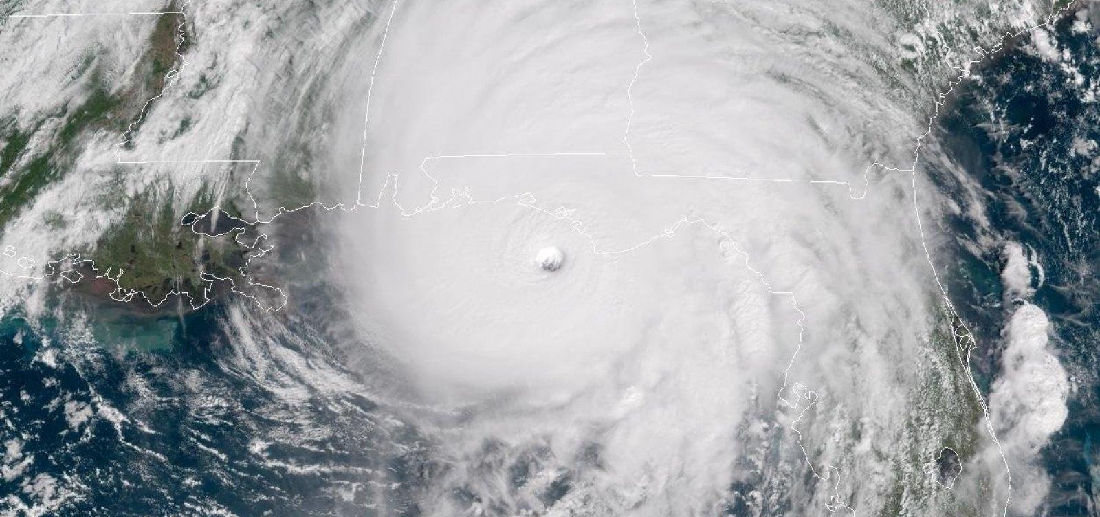 [Autoridades dos EUA dizem que Michael é um 'furacão do pior tipo']