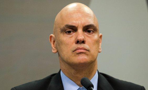 [Não tem como controlar fake news espalhadas no WhatsApp, diz Moraes]