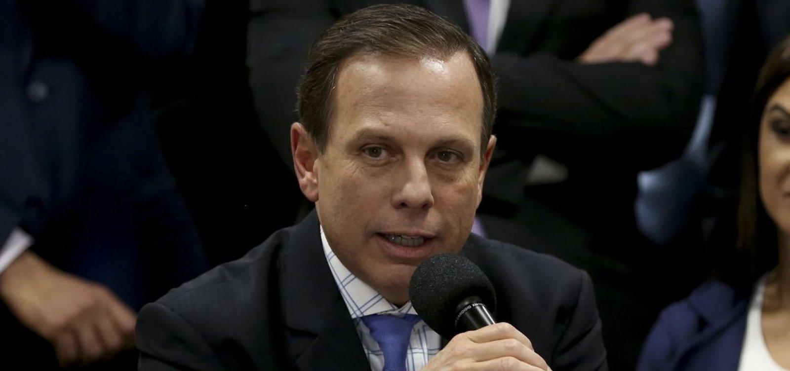 [Doria viaja ao RJ para encontrar Bolsonaro, mas não é recebido por candidato]