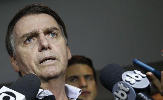 [Bolsonaro diz que participará de debate com Haddad se não houver terceiros]