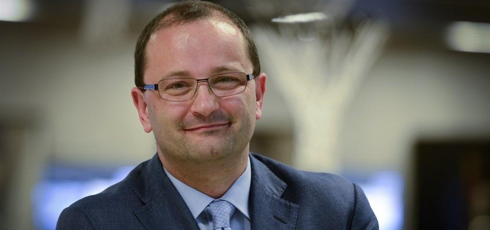 [Secretário-geral da FIBA morre durante os Jogos Olímpicos da Juventude]