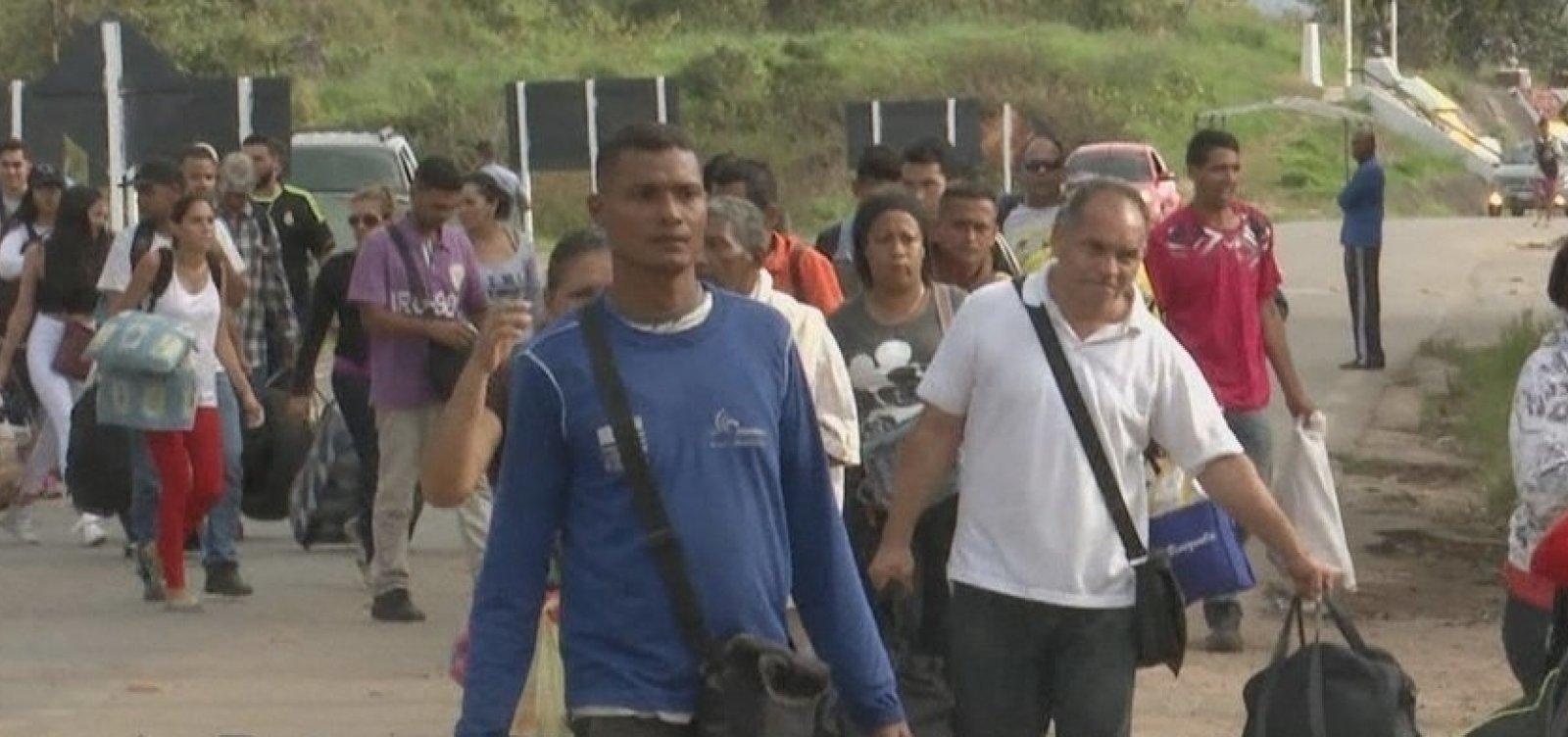 [Cai o número de imigrantes venezuelanos que entram no Brasil ]