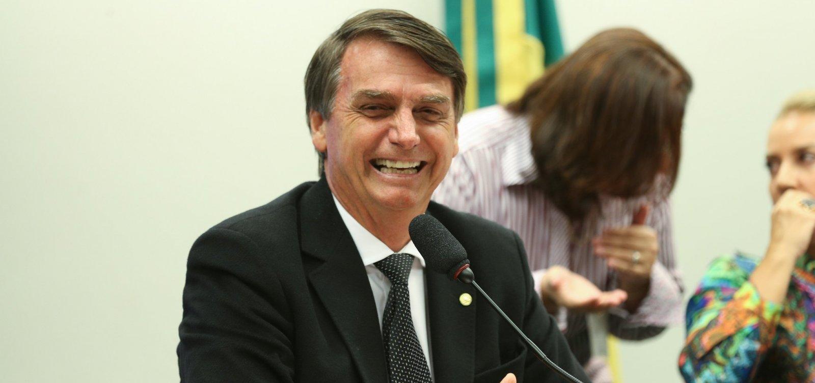 [Bolsonaro admite que pode faltar a debates por 'estratégia']