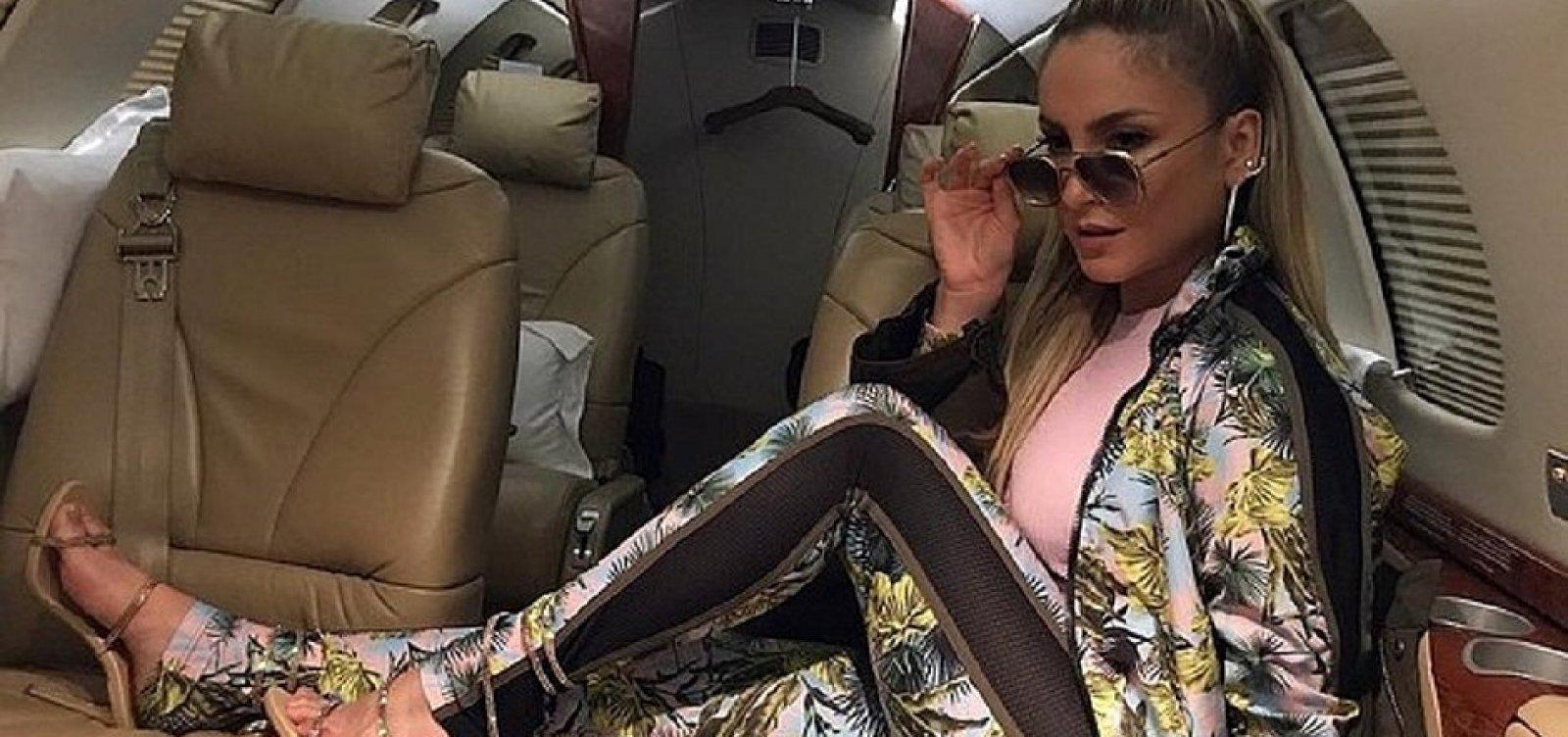 [Táxi-aéreo pirata que conduziria Claudia Leitte é interditado pela ANAC]