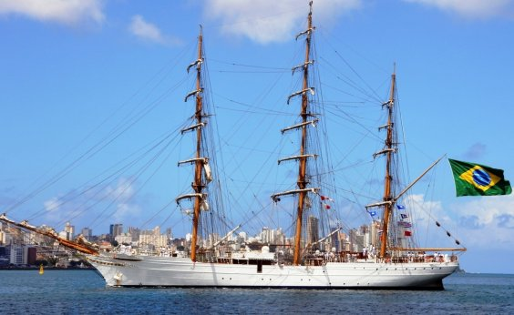 [Navio Veleiro Cisne Branco será aberto para visitação gratuita neste sábado]