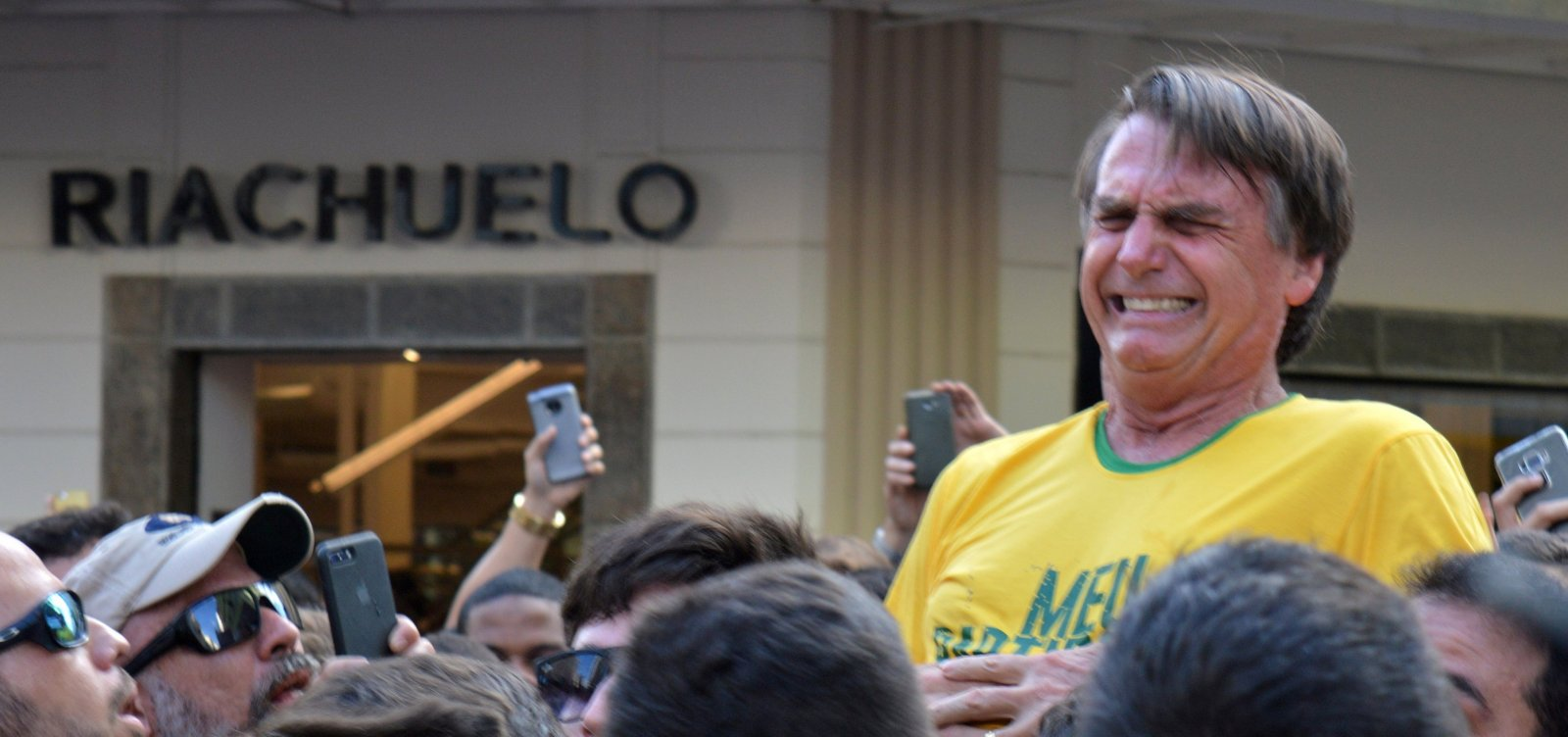 [Polícia Federal encontra indícios de participação do PCC no ataque a Bolsonaro]