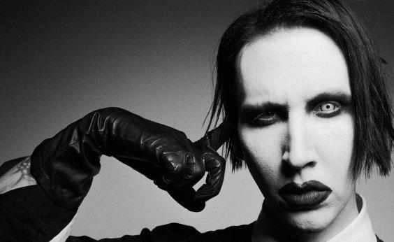 [Marilyn Manson lança vibrador com seu rosto para o Halloween ]