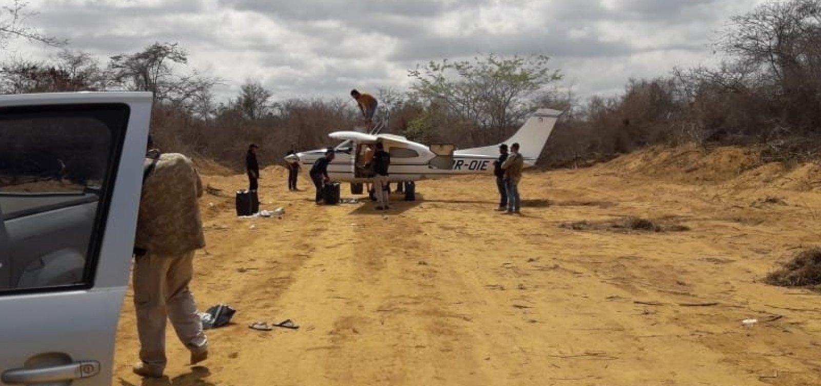 [Polícia apreende avião envolvido em transporte interestadual de drogas]
