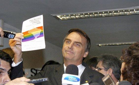 ['Vamos acabar com o coitadismo de negro, mulher, gay, nordestino', diz Bolsonaro]