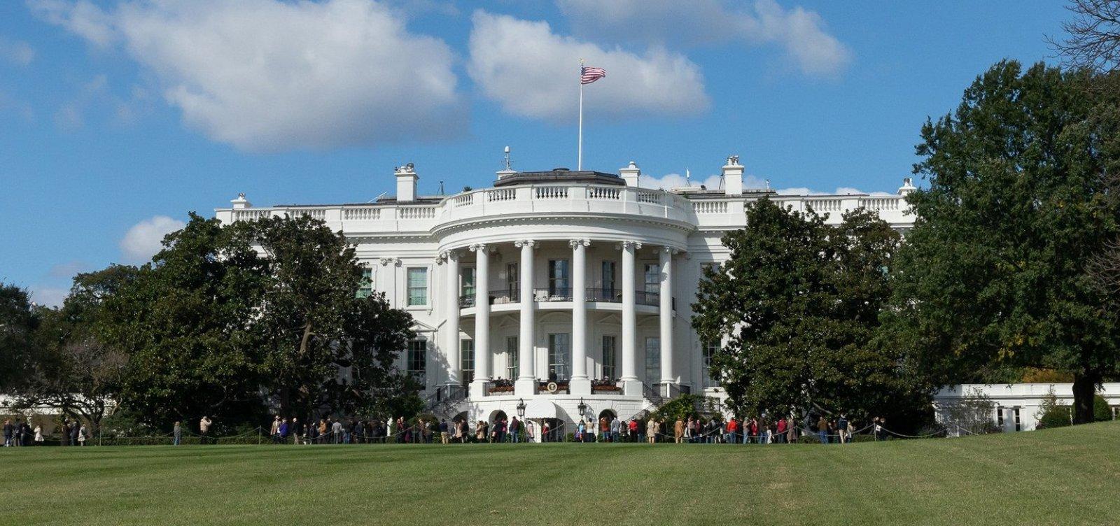 [Casa Branca condena tentativa de ataque às famílias Clinton e Obama]