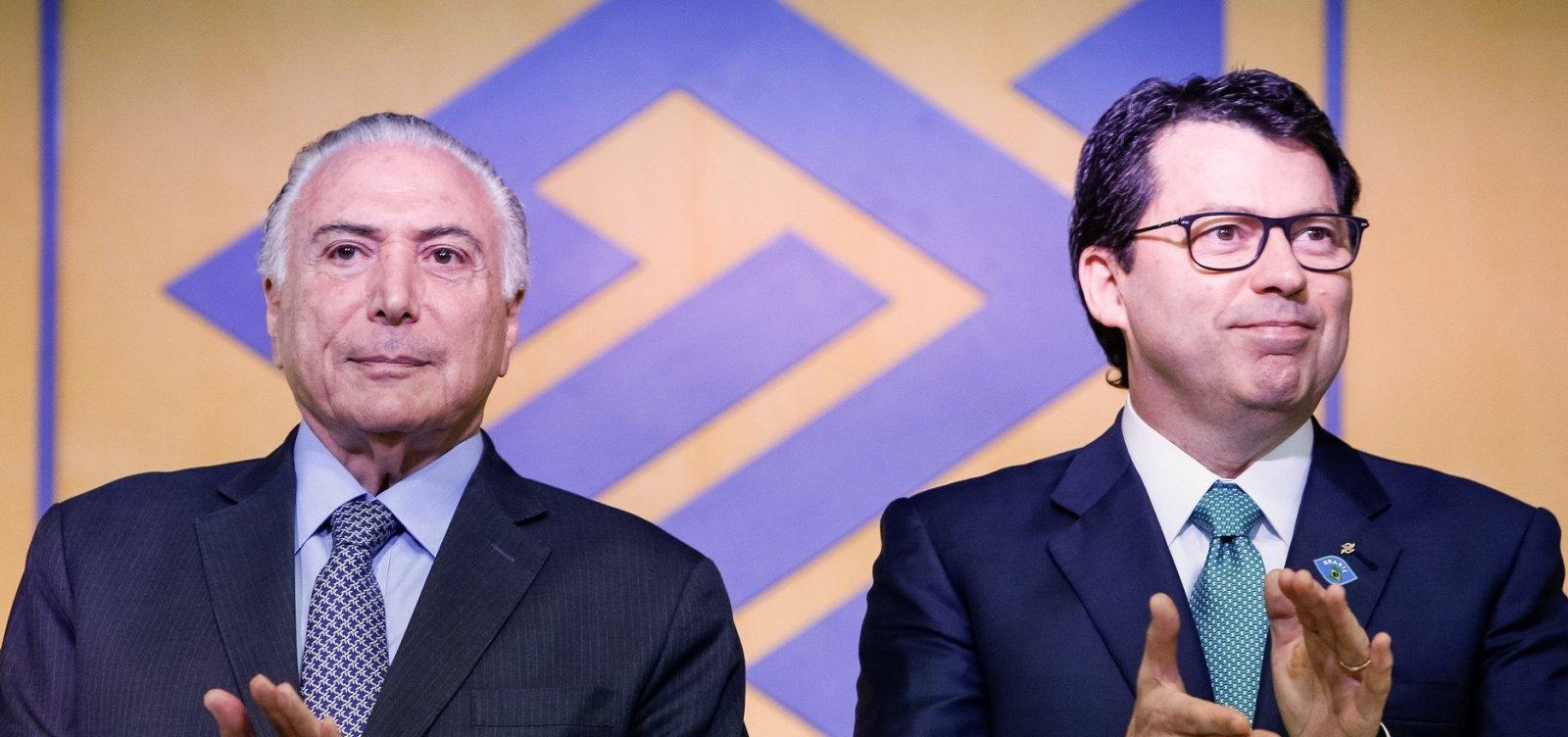[Presidente do Banco do Brasil pede demissão do cargo ]