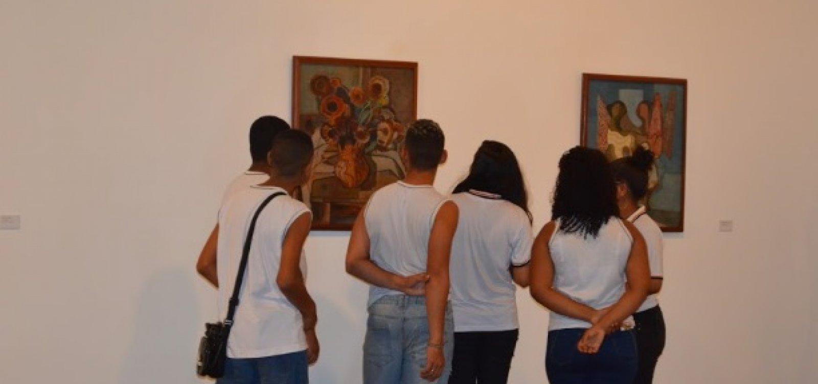 [Exposição no MAM reúne obras de Tarsila do Amaral, Portinari e Carybé]