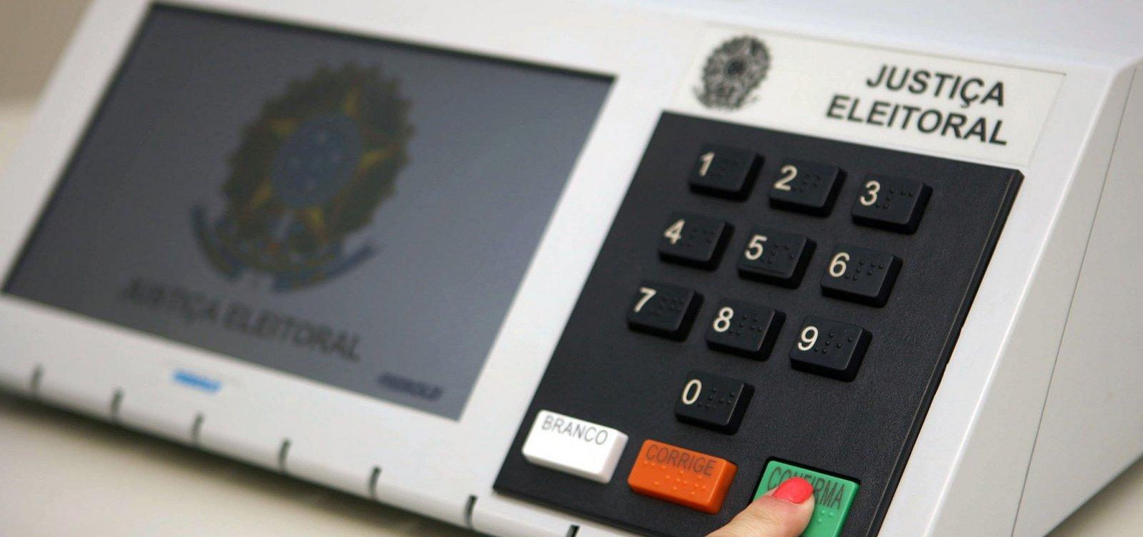 [TSE informa que 912 urnas são substituídas nas duas primeiras horas de votação do 2º turno]