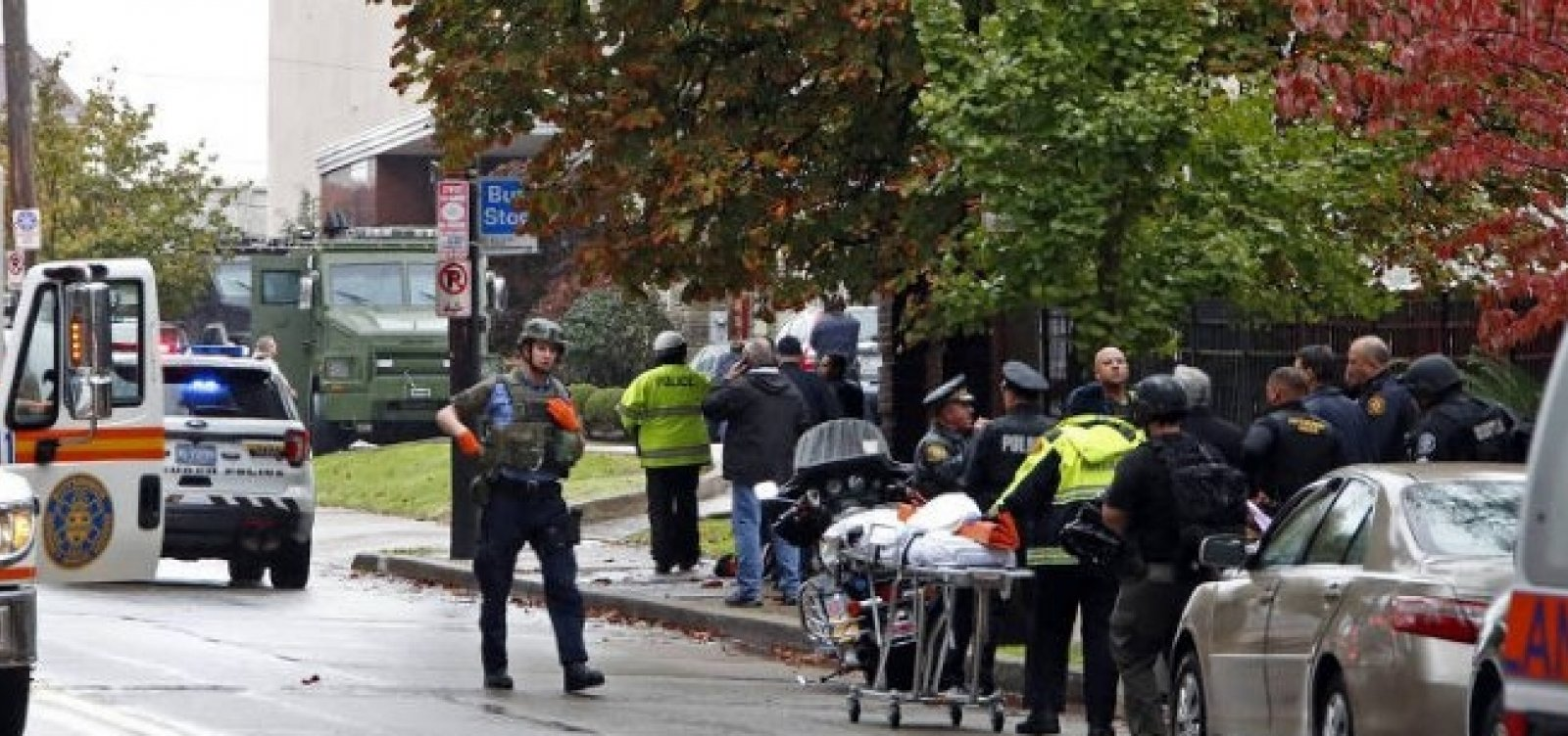 [Médicos divulgam identidade dos 11 mortos em ataque a sinagoga]