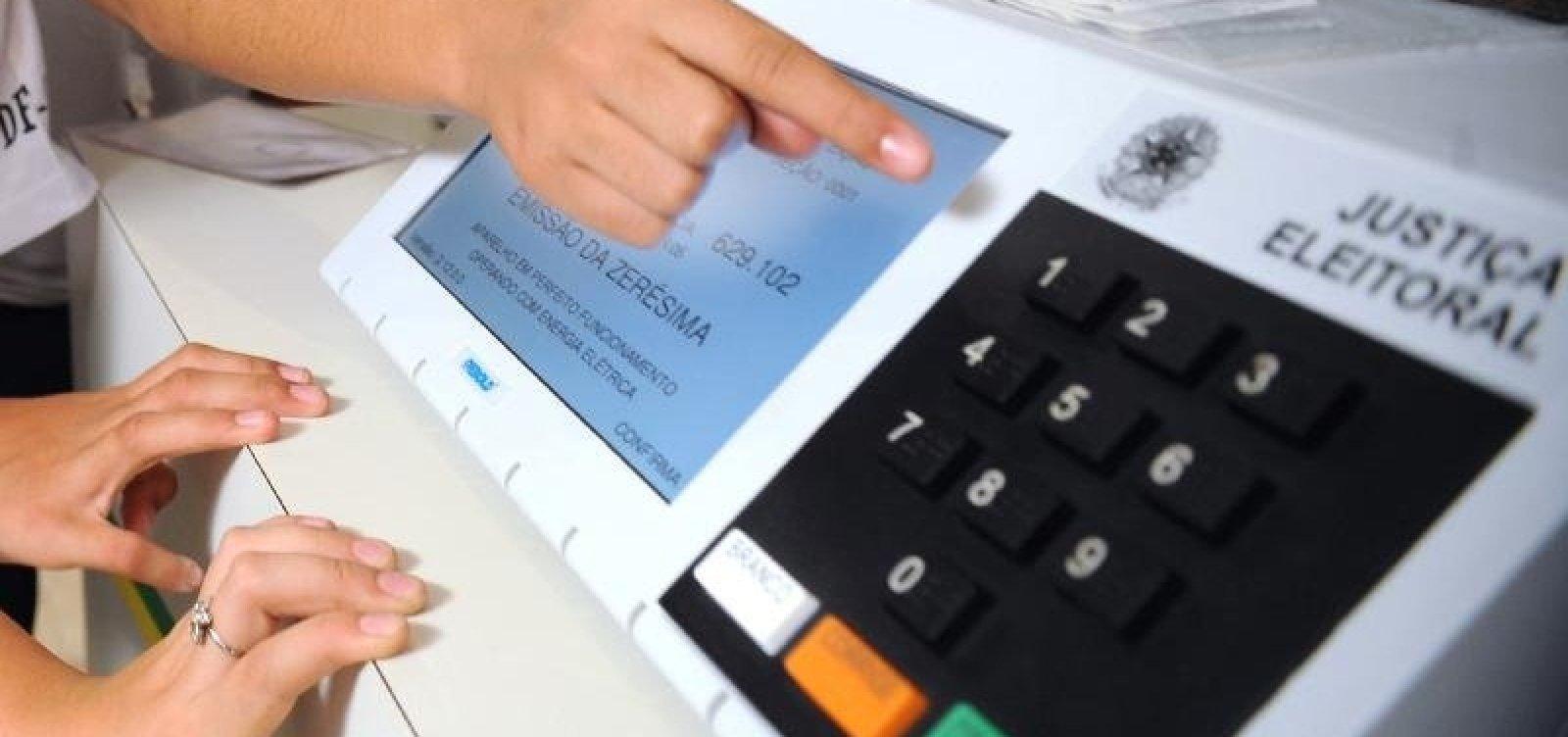 [Trinta e cinco urnas eletrônicas apresentam defeito na manhã de eleições na Bahia]