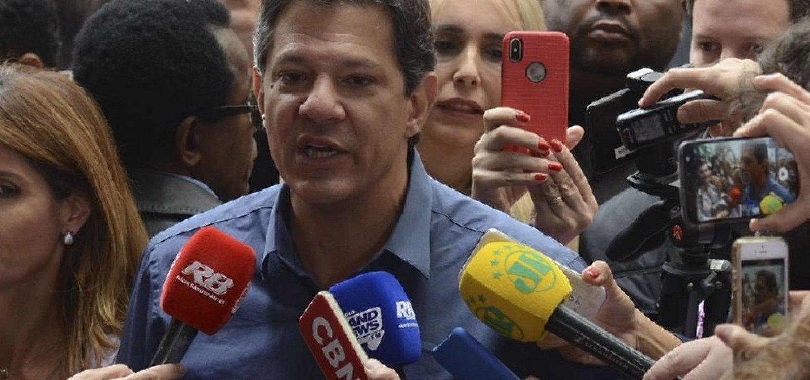 [Após vitória de Bolsonaro, Haddad fala em 'compromisso com a democracia']