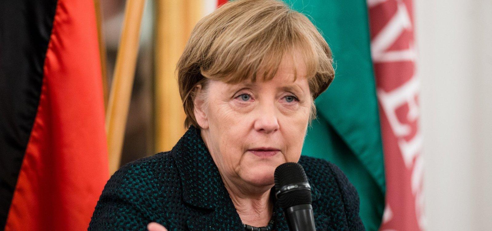 [Chanceler da Alemanha, Angela Merkel anuncia que deixará a política em 2021]
