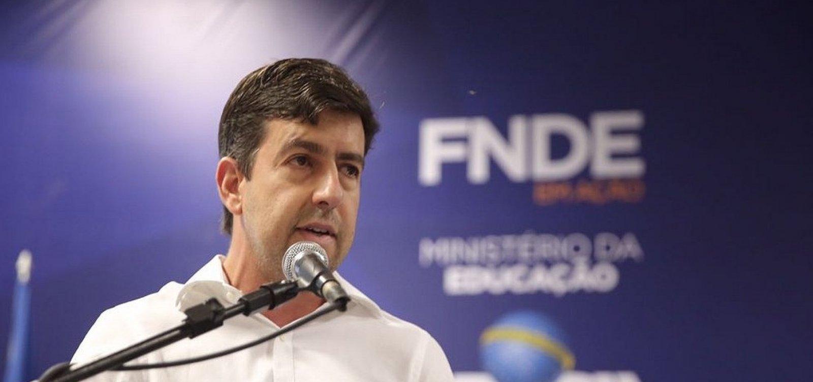 [Presidente do FNDE, Silvio Pinheiro quer retornar a Salvador]