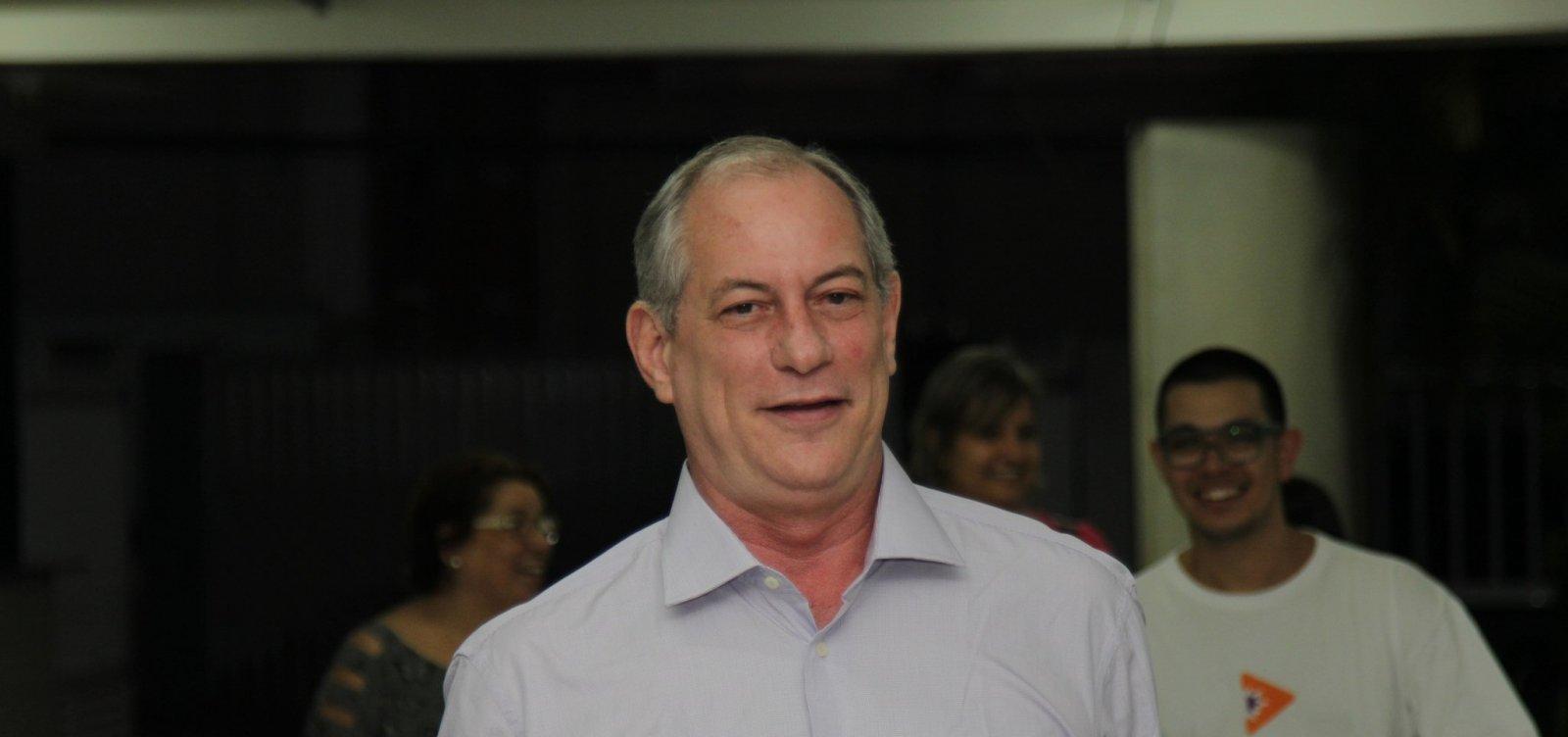[Moro deveria 'assumir' que é um político e aceitar ministério no governo Bolsonaro, diz Ciro]