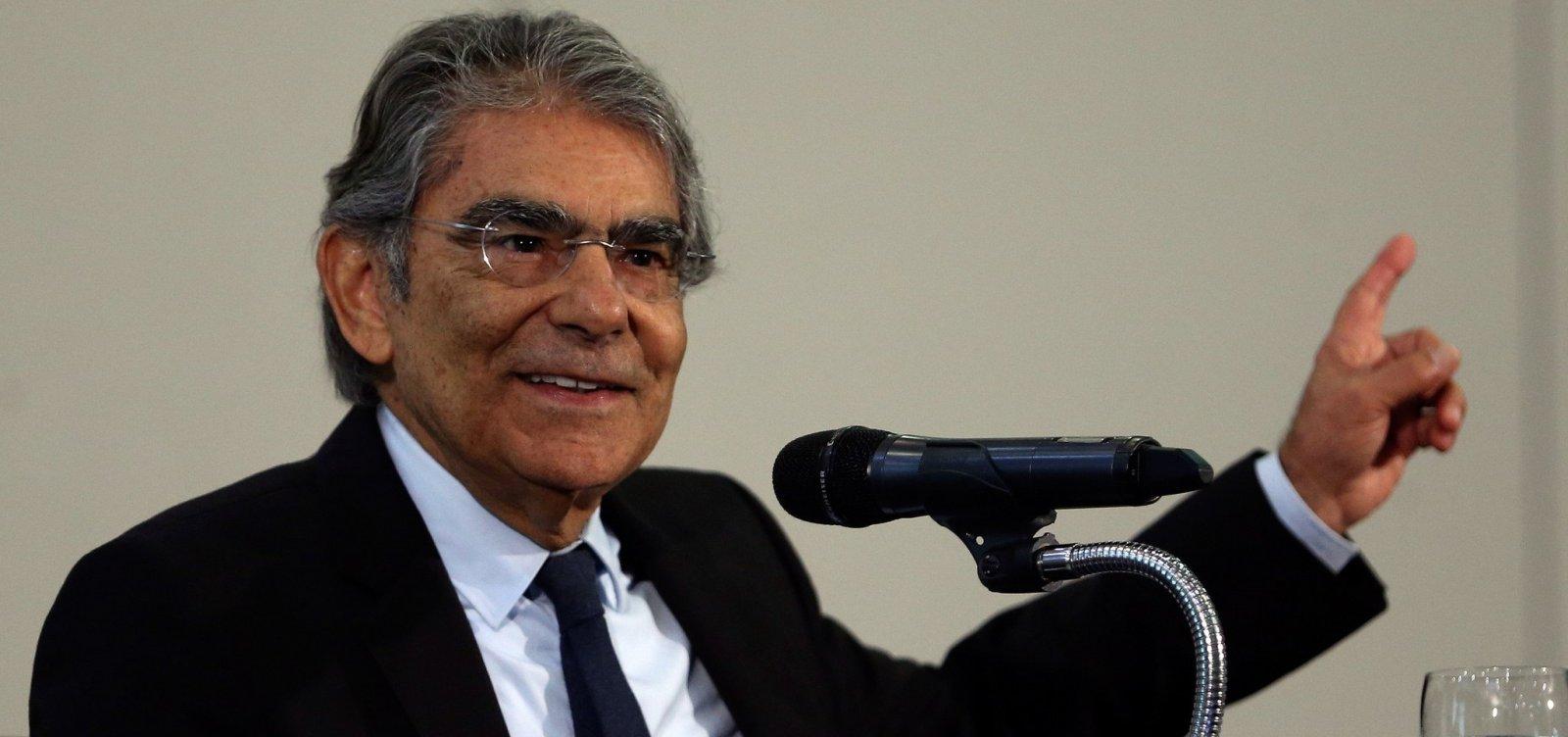 [Exoneração de Moro para assumir Ministério compromete imagem do Judiciário, diz Ayres Britto]