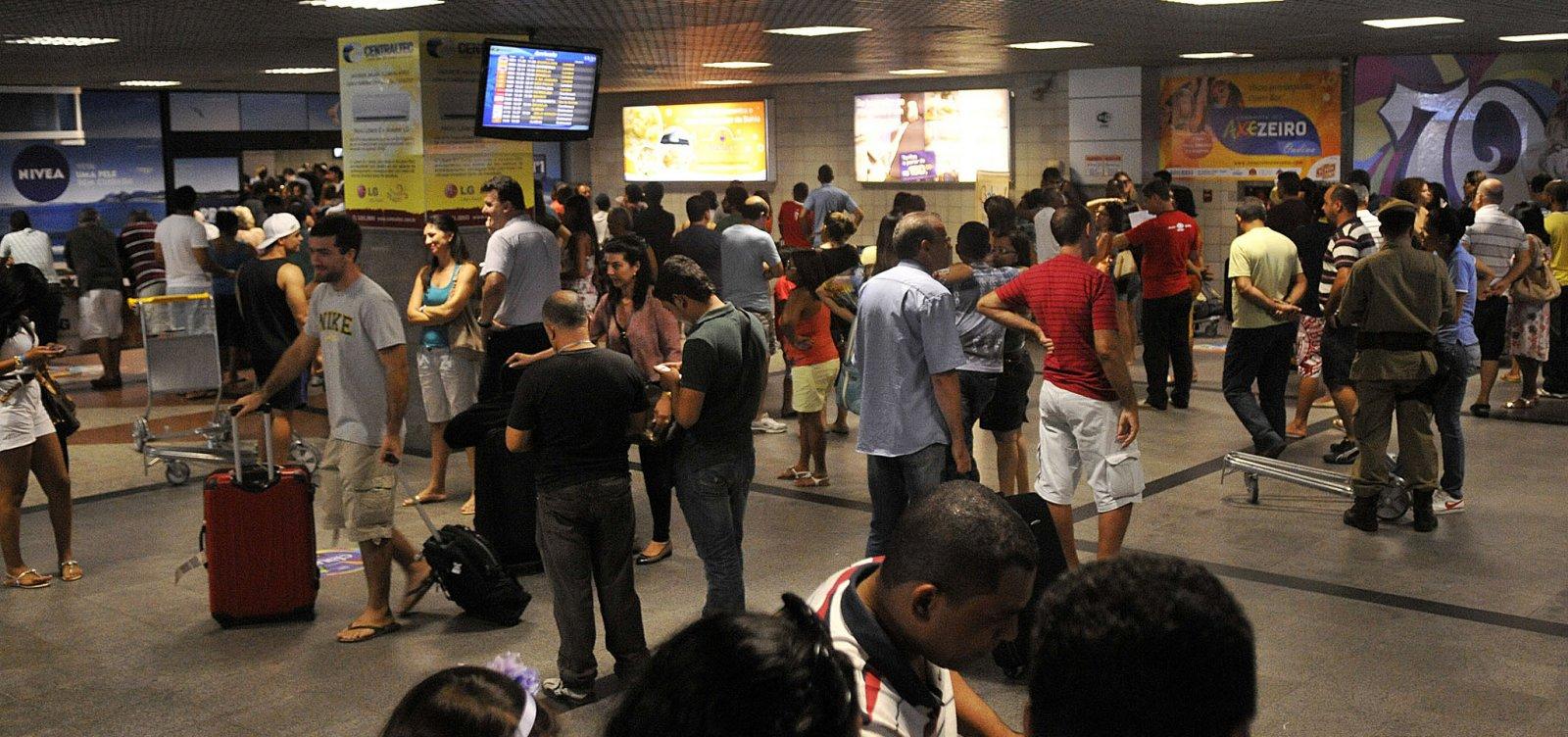 [Mesmo sem horário de verão na Bahia, aeroporto de Salvador terá viagens antecipadas]