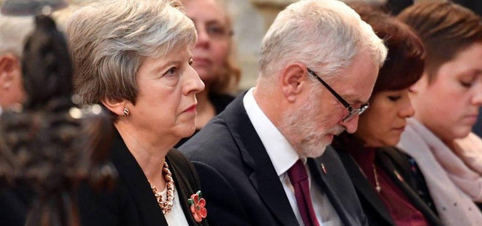 [May indica estar a um passo de avançar negociação do Brexit]