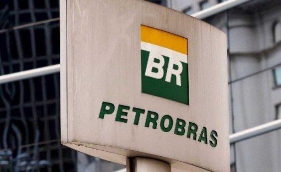 [Petrobras diminui preço de gasolina pela décima vez consecutiva]