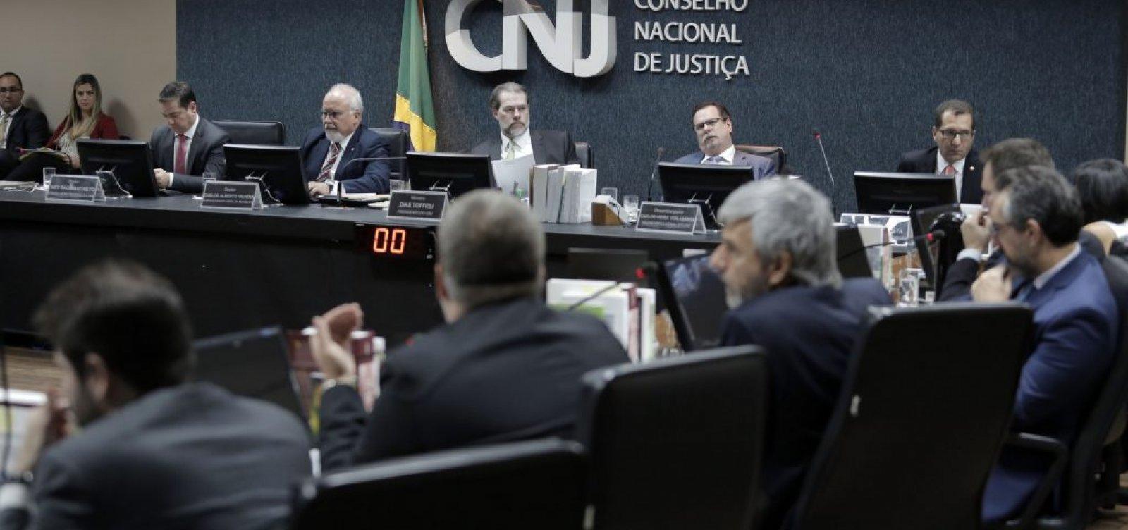 [CNJ abre processo contra juiz que acusou Gilmar Mendes de receber propina]