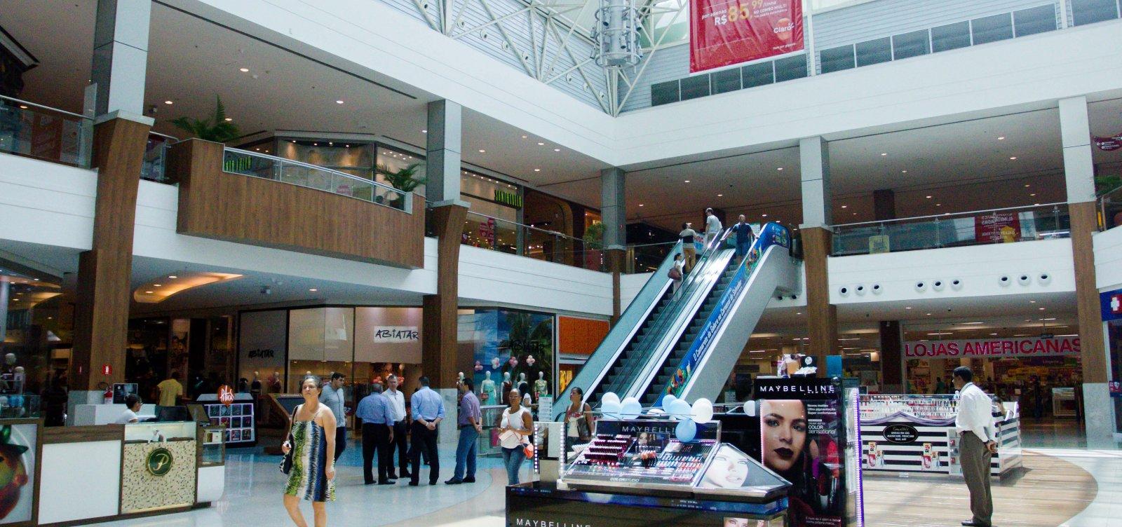[Shoppings e lojistas fecham acordo para funcionamento em domingos e feriados]
