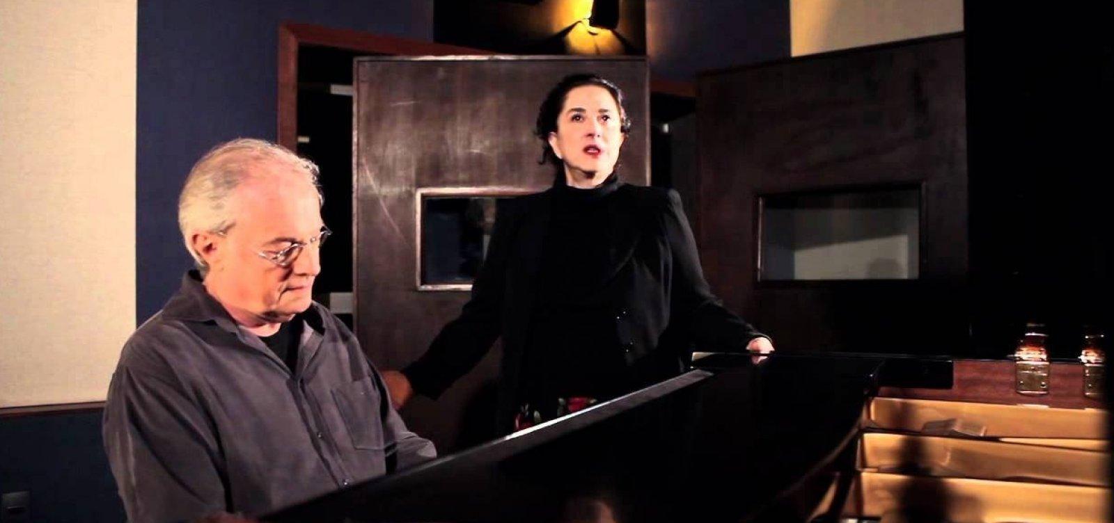 [Francis e Olivia Hime apresentam 'Encontros Musicais' no Café-Teatro Rubi]